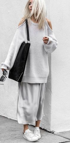 stylish look | oversized knit sweater + silk maxi dress + bag + sneakers
