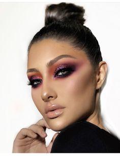 Gorgeous Makeup: Tips and Tricks With Eye Makeup and Eyeshadow – Makeup Design Ideas Glam Makeup, Skin Makeup, Beauty Makeup, Huda Beauty, Halo Eye Makeup, Exotic Makeup, 80s Makeup, Beauty Dupes, Makeup Shop
