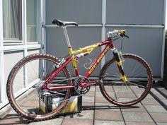 1997 Rocky Mountain Element TO Mtb Bike, Cycling Bikes, Retro Bike, Bike Poster, Bike Frame, Vintage Bikes, Rocky Mountains, Old And New, Mountain Biking