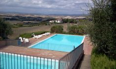 http://www.tuscanyinside.com/2-beds-Apt-with-swimming-pool-South-of-Siena-Crete-Senesi.htm