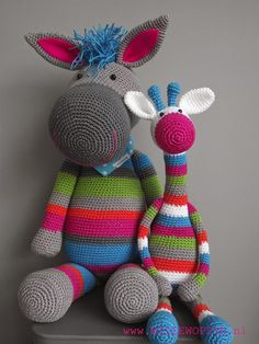 Willewopsie. Just love the look of these. (just pictures, no pattern)