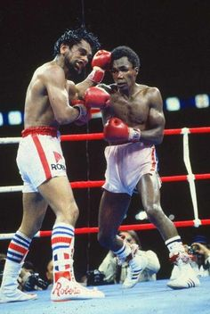 Classic Boxing, Roberto Duran vs Sugar Ray Lenoard. Legendary Fight!