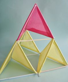DIY Tetrahedral Kite via Handmade Charlotte Crafts To Do, Crafts For Kids, Arts And Crafts, Kite Building, Kite Making, Projects For Kids, Craft Projects, Craft Tutorials, Go Fly A Kite