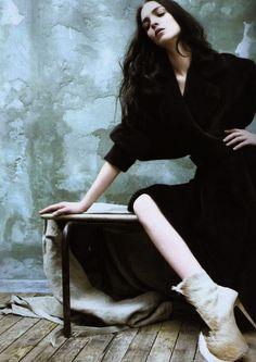 unviel:    Mariacarla Boscono by Rafael Stahelin for Vogue Korea, November 2011