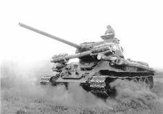 Средний танк Т-34 | War Wallpapers