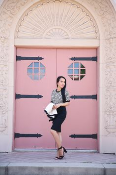 Classic Fall Work Outfit: Tweed Open Jacket, Leopard Print and Pearls - Stylish Petite Block Heels Outfit, Heels Outfits, Fashion Outfits, Fall Outfits For Work, Cool Outfits, Stylish Petite, Leopard Sweater, Pencil Skirt Work, Petite Fashion