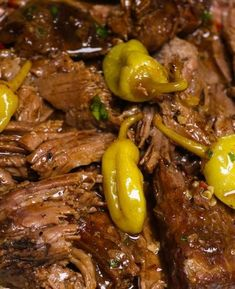 Instant Pot Mississippi Pot Roast {Best Pressure Cooker Pot Roast Ever} - TipBuzz - Instant Pot Mississippi Pot Roast is a delicious Instant Pot recipe that you can make in about 90 m - Crockpot Chicken Thighs, Chicken Thigh Recipes, Chicken Fajitas, Marmite, Pot Roast Recipes, Crockpot Recipes, Shrimp Recipes, Healthy Sweet Snacks, Healthy Recipes