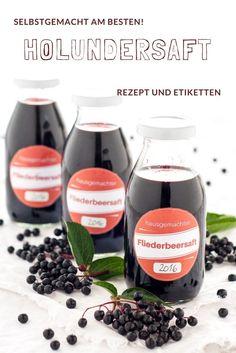 Rezept für Holundersaft von herzelieb - er wird auch Hollersaft, Fliederbeersaft, Holdersaft, Hollabia, Fläderbärsirup , Holunderbeerensaft genannt.  #holunder #saft #getränk #sirup