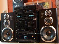 sell high end audio equipment Hifi Stereo, Hifi Audio, Audio Speakers, Super Sons, Mini System, Home Speakers, Retro, High End Audio, Diy Electronics