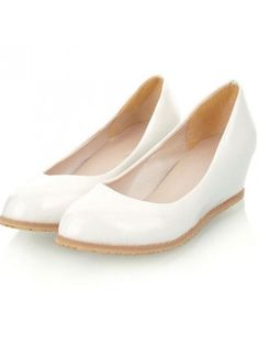 White Patent Leather Mid-high Wedged Pumps