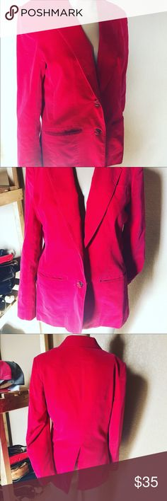 🌹❤️RED VELVET BLAZER 🌹❤️ 🌹❤️RED VELVET BLAZER 🌹❤️ beautiful!! Medium velvet, great condition!! Dressed down with jeans = perfect combo!!! I love love love this blazer!!! Red is so sexy ! Draws attention❤️🌈❤️ offers accepted Jackets & Coats Blazers