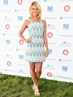 So sad. Diem Brown passed away on Nov. 14 after her long battle with cancer. The rose to fame on MTV's 'Real World/Road Rules Challenge.' Diem Brown will always be known as one of the most courageous. Mtv, Diem Brown, Bilateral Mastectomy, Ovarian Cancer Awareness, Colon Cancer, Cancer Fighter, Fashion News, Fashion Trends, Celebs