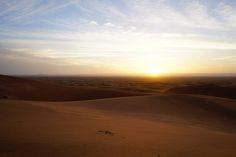 Depois da primeira etapa, tínhamos pela frente outra grande jornada, desta vez para chegar ao deserto de Merzouga, no final do dia. Leiam aqui. Grande, Celestial, Sunset, Outdoor, Travel Photography, Morocco, Camper, Sunsets, The Great Outdoors