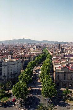 La Rambla, Barcelona / photo by Dušan Isakov