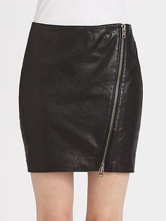 DIY Zipped-Slit Skirt: http://www.ishootstyle.com/2013/03/diy-zipped-slit-pencil-skirt-inspired.html