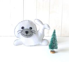 Stuffed Seal Sewing PATTERN // Sew by Hand Plush Felt Stuffed Animal PDF // Easy to Make
