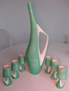 original 50er Jahre Karaffe Keramik mit 6 Trinkbechern in grün weiß