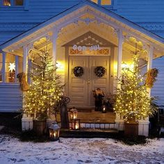 Visit somegram.com to see more Instagram photos, videos and stories #somegram #christmas #christmastree #christmasgifts #christmasdecoration Winter Photos, Christmas Time, Holiday, Deck The Halls, View Photos, Christmas Decorations, Mansions, House Styles, Outdoor Decor