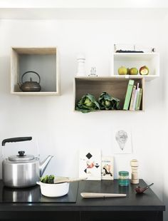 muuto // petra bindel love those shelves Kitchen Box, Kitchen Shelves, Kitchen Dining, Kitchen Decor, Kitchen Storage, Kitchen Ideas, Box Storage, Kitchen Cupboard, Box Shelves