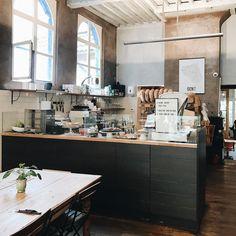 Hier haben wir heute Morgen gefrühstückt - sehr leckere Sandwiches frischer Saft und guter Kaffee. Mehr Einblicke vom Tag gibts in meiner Story!