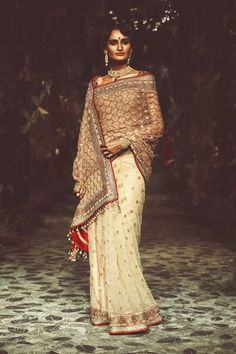The Beautiful Clothes of India, oyepg