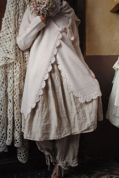 shabby clothes Les Ours/France