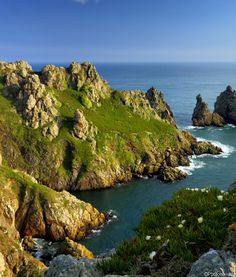 Island of Guernsey, English Channel, France Channel Islands Uk, Week End Romantique, Guernsey Island, Travel Tours, Vacation Destinations, Where To Go, Adventure Travel, Beautiful Places, Places To Visit
