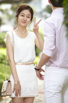 Baek Jin Hee. [금 나와라 뚝딱!] 백진희-박서준, 태몽커플의 미공개 키스씬 사진 대공개!! : 네이버 블로그 Baek Jin Hee, Empress Ki, Ha Ji Won, Seo Joon, Korean Actresses, Korean Fashion, Lace Skirt, Park, Beautiful