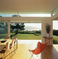 Manly Street Beach House   Paraparaumu, New Zealand   Parsonson Architects Ltd.   photo by Paul McCredie & Matthew Williams