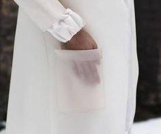 Michael Angel Latex Coat for Style Bubble Look Minimal Fashion, White Fashion, Look Fashion, Fashion Details, Fashion Art, Womens Fashion, Fashion Design, Latex Fashion, Look Urban Chic
