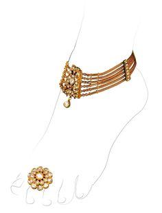 Gold and diamond 'paizeb' (anklet) and toe ring, by Sunita Shekhwat, Jaipur .