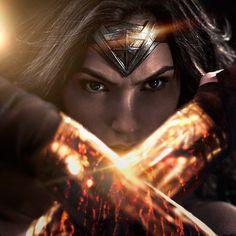 Gal Gadot compartilha nova imagem da Mulher-Maravilha! - Legião dos Heróis