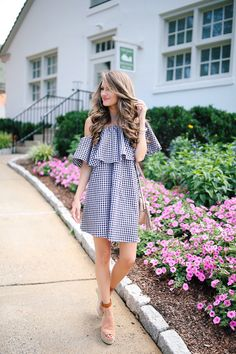 MLM Label one-shoulder gingham dress , similar but more affordable here , here & here Chloe espadrilles , similar but m. My Life Style, My Style, Beautiful Outfits, Cute Outfits, Summer Outfits, Southern Curls And Pearls, Diy Kleidung, Gingham Dress, Blue Gingham