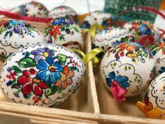 Ręcznie malowana pisanka - tradycyjny wzór opolski