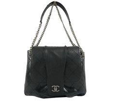 Chanel Sac à bandoulière en cuir noir brillant A94742, Réplique chanel de  marque sacs a main pas cher bb5b8bb8799