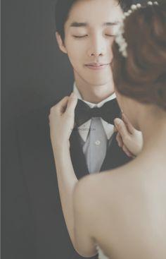 korea pre wedding photoshoot studio ~ I love this so much :)