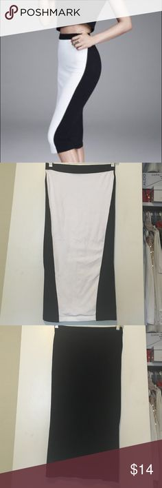 Express: Skirt White with a bit of Black on the Front (for curvy illusion) • all Black on the back • Great condition • Stretchy • No trades • Open to offers • Bundle to save Express Skirts Pencil