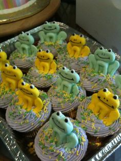 Fondant frogs I made for a frog-themed baby shower!!