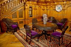 Peles Castle,Romania - Google Search Castle Rooms, Peles Castle, Visit Romania, Palace Interior, Places Worth Visiting, Carpathian Mountains, Old World Style, Eastern Europe, Old Houses