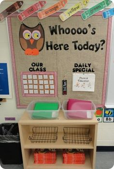 Classroom Attendance Bulletin Board I hate owl theme things, but this is cute. Classroom Attendance, Taking Attendance, Owl Theme Classroom, Classroom Organisation, Classroom Displays, Kindergarten Classroom, Future Classroom, Classroom Management, Attendance Board