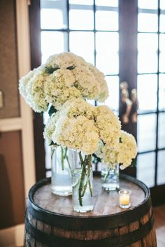 we love a pretty hydrangea moment Photography by Woodnote Photography / woodnotephotography.com, Floral Design by Petal Pushers / gbpetalpusher.com/