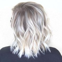 Ideas de color para cabello platinado http://beautyandfashionideas.com/ideas-color-cabello-platinado/ Color Ideas for Platinum Hair #Beauty #beautytips #Belleza #blondehair #Hair #haircare #Ideasdecolorparacabelloplatinado #Tipsdebelleza