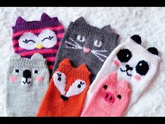 Girly Knits Sock Collection Show and Tell – Knitting patterns, knitting designs, knitting for beginners. Crochet Kids Hats, Crochet Mittens, Knitting For Kids, Easy Knitting, Baby Knitting Patterns, Knitting Designs, Knitting Socks, Knitting Projects, Knit Crochet