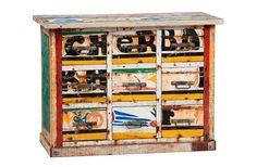 segunda_oportunidad_objetos_comercializados_artlantique_barcas_pesca_senegal_reutilizar_mueble_armario_cajonera