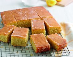 Treat yourself to Mary Berry's Lemon Drizzle Traybake Mary Berry's lemon drizzle traybake is an all-time favourite as it's so moist, really easy to make and full of zesty, zingy flavours Great British Bake Off, Tray Bake Recipes, Dessert Recipes, Cake Recipes, Baking Recipes Uk, Lemon Drizzle Traybake, Mary Berry Lemon Drizzle Cake, Lemon Drizzle Cupcakes, Gourmet
