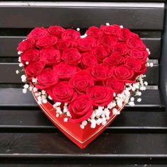 ❗💞💕💓Valentine's Day is coming....💞💕💓❗ Surprinde-ti persoana iubita cu un aranjament sau buchet de flori inedit! ☎️0747455485 #florariaalex #Valentine'day, #iubire, #trandafiriroșii, #aranjamenteflorale, #cutiecutrandafiri #florivalcea, #aranjamentefloralevalcea Valentines Day, Cake, Desserts, Valentine's Day Diy, Tailgate Desserts, Deserts, Kuchen, Postres, Dessert