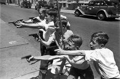 Photos of Henri Cartier-Bresson: USA. New York City.