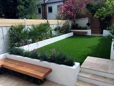 A modern or contemporary garden is characterized by a sleek, streamlined and sophisticated style. Modern garden designs draw on the simplicity of Asian design practices. Generally, a modern garden … Backyard Garden Design, Small Garden Design, Garden Landscape Design, Landscape Designs, Small Garden Ideas Modern, Rectangle Garden Design, Urban Garden Design, House Landscape, Back Gardens