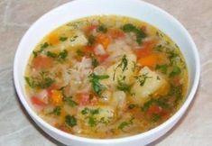 Supa de varza - pentru slabit Vegetarian Cabbage, Vegetarian Recipes, Healthy Recipes, Soup Recipes, Cooking Recipes, European Dishes, Good Food, Yummy Food, Romanian Food