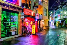 Rainy night tonight on Tonchan-Dori in Harajuku.